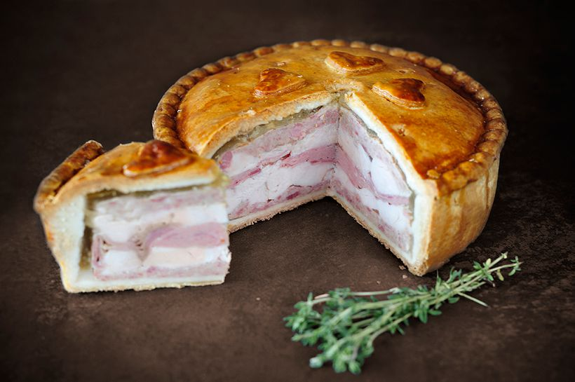 topping_pies_chicken_and_ham_pork_pie