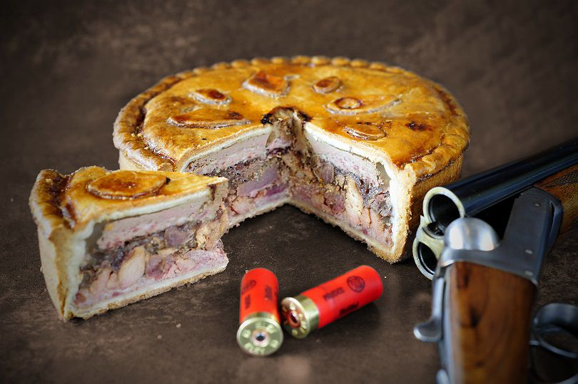 topping_pies_game_and_poultry_pork_pie