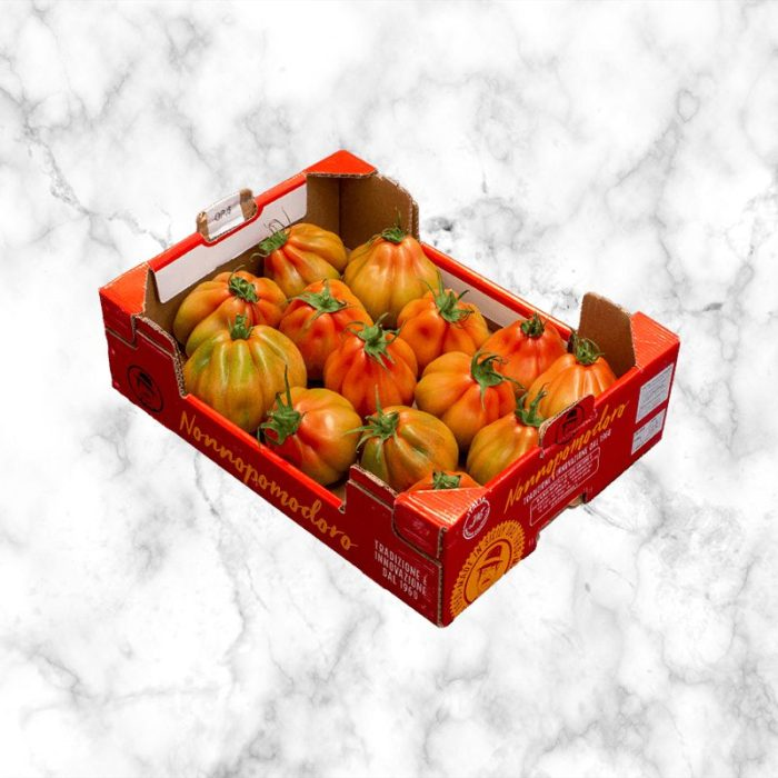 tomatoes_cuore_di_bue_piemonte_from_italy