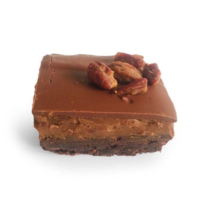 anthony_james_chocolates_luxury_maple_pecan_caramel_brownie