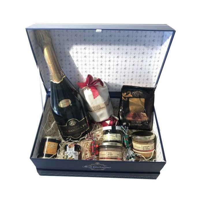 the_french_basket_'haute_gastronomie'_christmas_gift_box_the_artisan_food_company