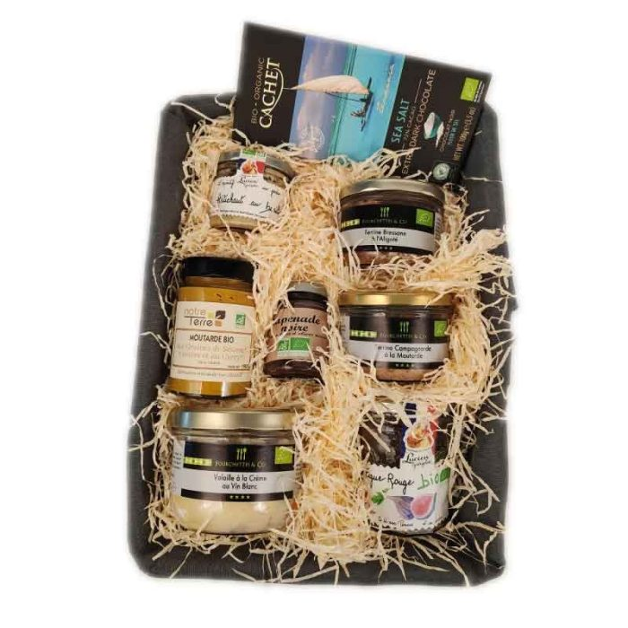 the_french_basket_large_organic_gourmet_hamper_the_artisan_food_company