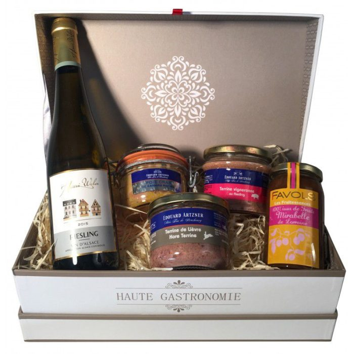 the_french_basket_'sur_un_air_alsacien'_gourmet_box_the_artisan_food_company