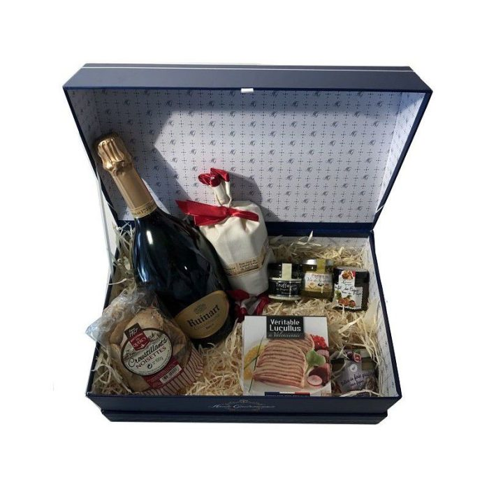 the_french_basket_vintage_christmas_gourmet_box_the_artisan_food_company