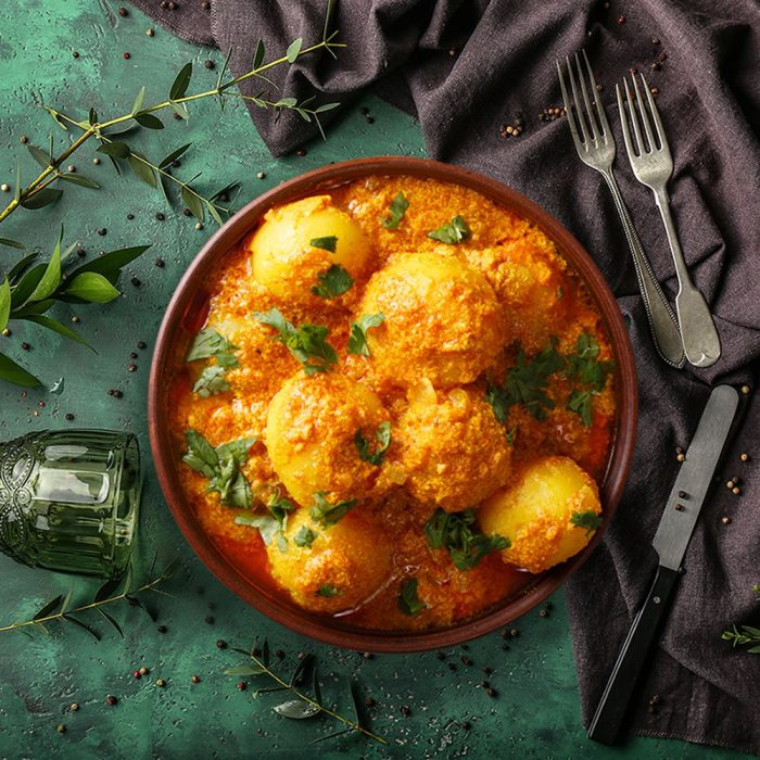 Banarsi Dum Aloo Curry for 6