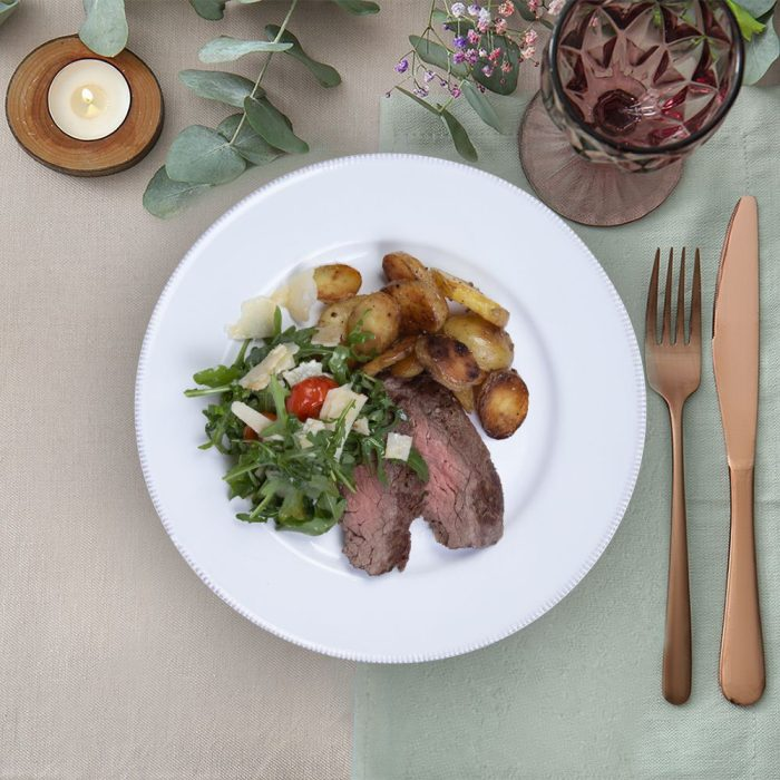 bavette_steak_with_wild_roquette_the_artisan_food_company