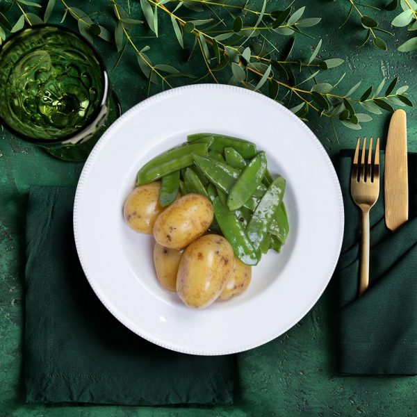 gourmet_mid_new_potatoes_&_mangetout_the_artisan_food_company