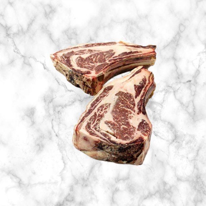 beef_frisona_chuletón_steak,_rib-steak_bone_1kg